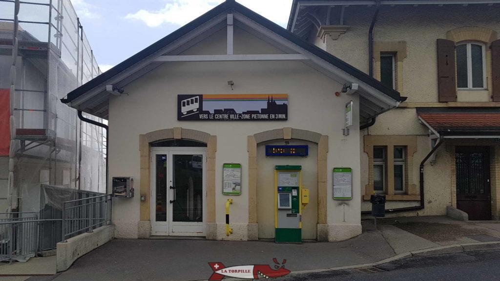 la gare dupérieure de Plan du funiculaire Ecluse-Plan