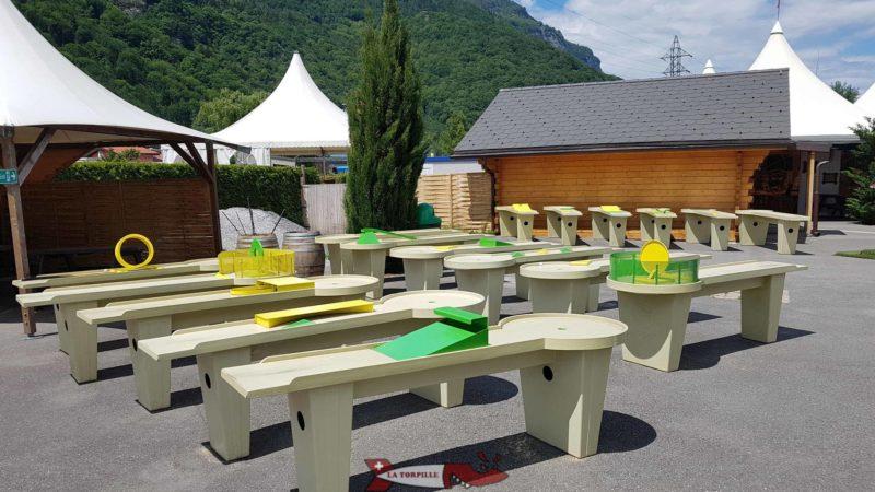 mini golf sur table au labyrinthe aventure evionnaz