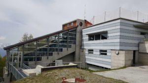 La gare d'arrivée du funiculaire de Saint-Luc