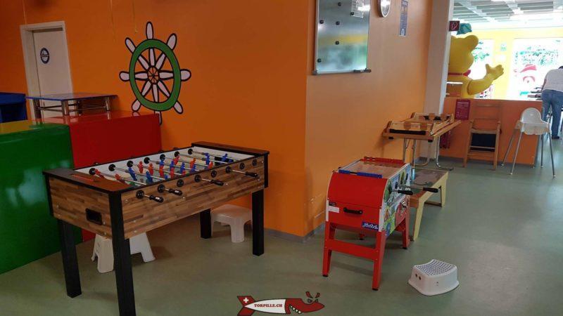 tables de jeux à Planeta Magic à Saint-Blaise