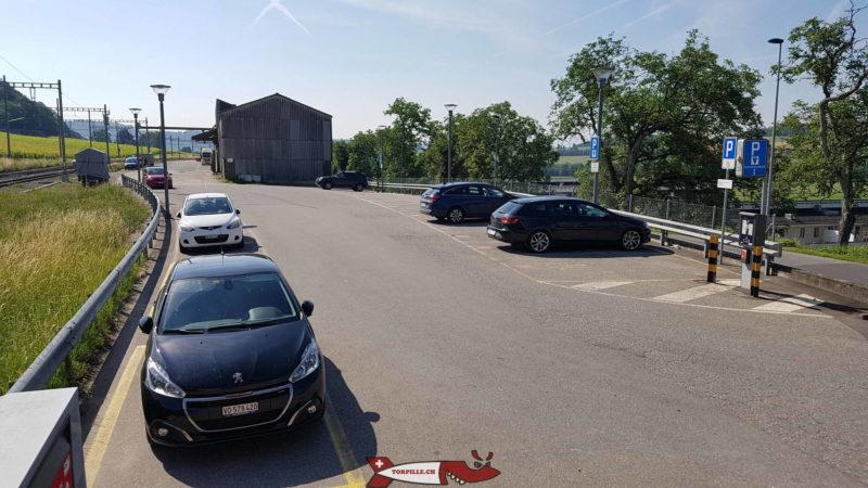 le parking de la gare de la sarraz pour la balade des gorges du Nozon