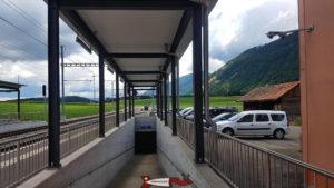 parking de la gare CFF de Vuiteboeuf pour aller aux gorges de Covatannaz