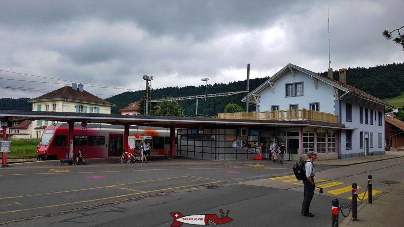 La gare de Sainte-Croix point de départ des gorges de Covatannaz