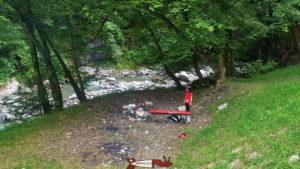 La seule place pour faire un barbecue peu après le début du chemin des gorges de la Vièze