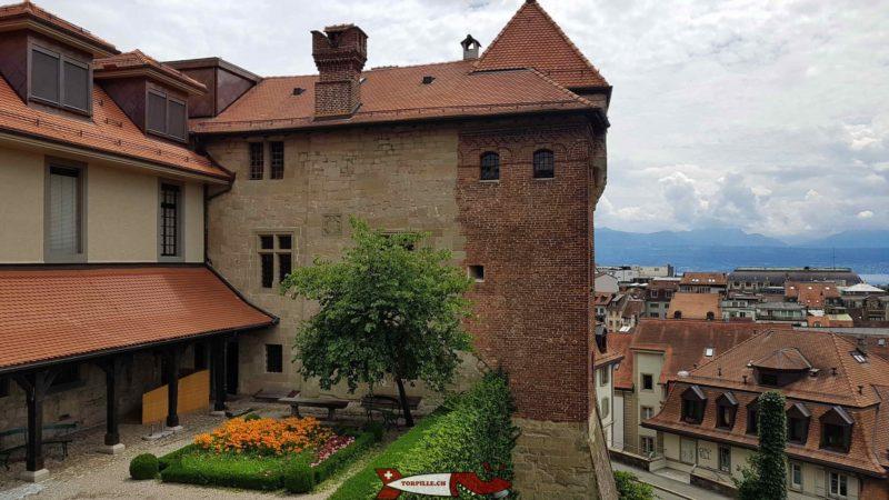 La partie d'origine du château de l'Ancien Evêché proche du château Saint-Maire.