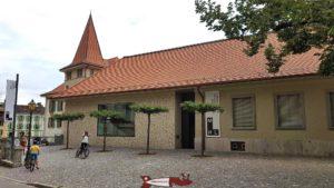 L'entrée du musée historique de Lausanne dans l'ancien évêché avec sa fameuse maquette de Lausanne en 1638 où on peut faire le château de l'Ancien Évêché avant sa démolition partielle.