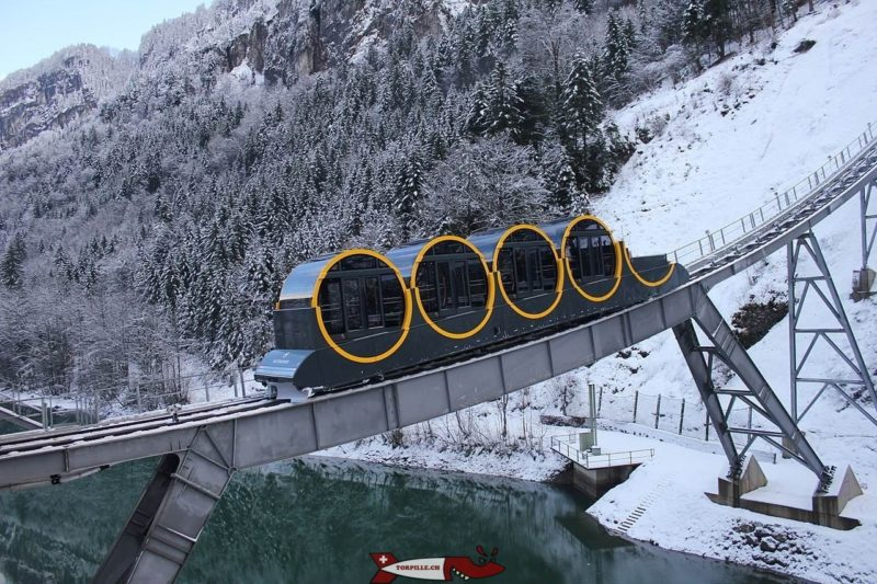 The Stoos funicular. Photo: Wikimedia Commons