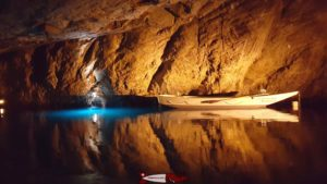 lac souterrain de saint-léonard
