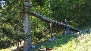 la rampe d'accès à la deuxième tyrolienne de l'espace loisirs Basseruche
