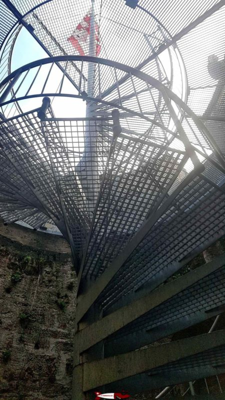metallic stairs at la tour-de-peilz castle