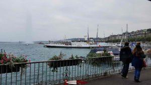 Le Lac Léman depuis le petit train de Genève