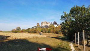 l'exploitation de champs sous le château de Saint-Barthélémy à la ferme de la fondation CSC