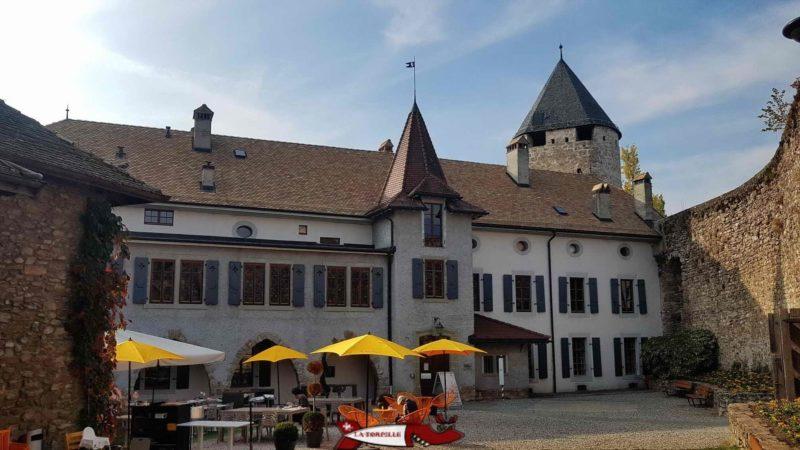The main building of the Tour-de-Peilz castle hosting the Swiss Museum of Games
