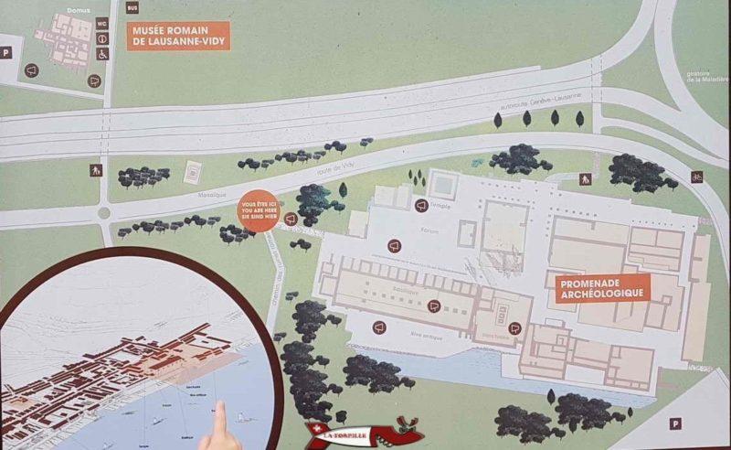 Un intéressant panneau au musée romain de Lausanne-Vidy indiquant l'apparence de Lousonna en bas à droite, l'emplacement du musée en haut à gauche et celui du site archéologique en bas à droite.