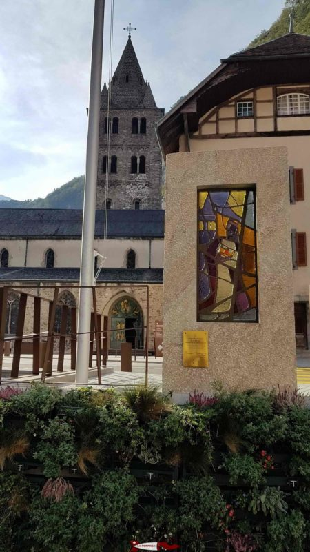 The abbey of Saint-Maurice is the oldest building occupied by Christians since 515. A visit is available with the help of an audioguide.