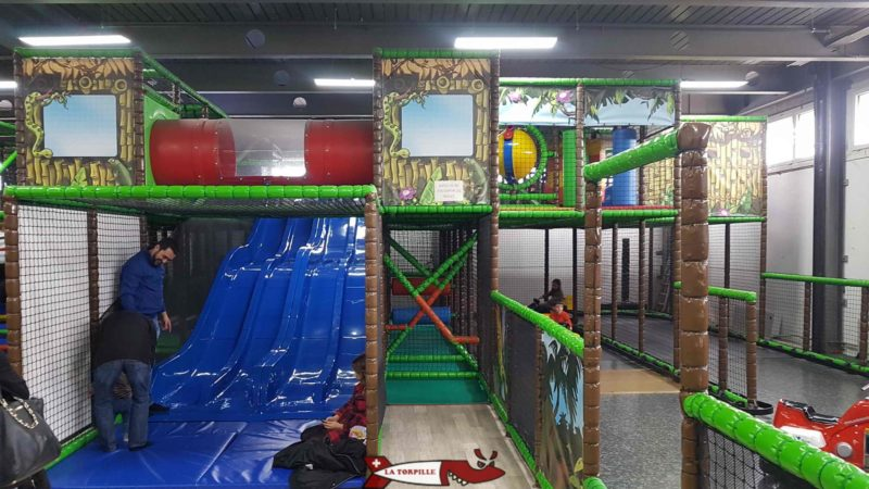 Games at Jayland Leisure Centre in Etoy.