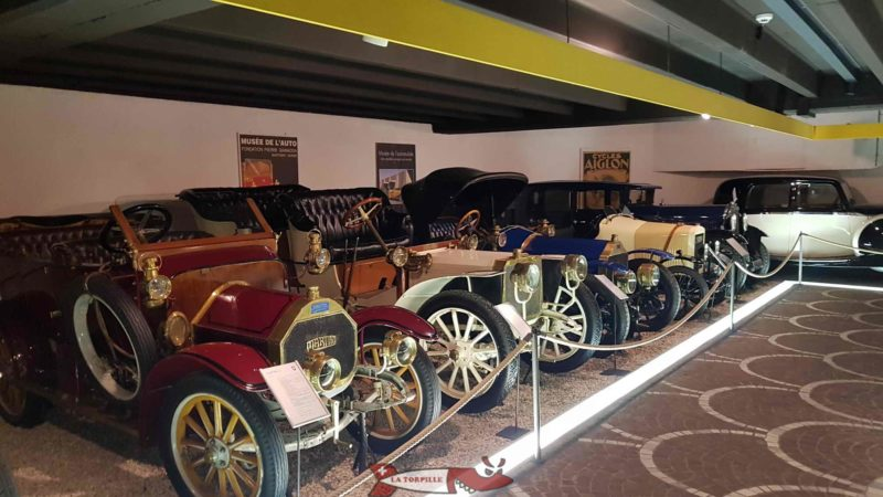 the automobile museum in the 2nd basement of the Gianadda Foundation in Martigny