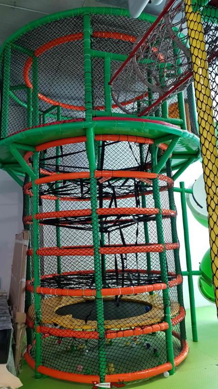 """A tower with a """"twist"""" slide at Kids Fun Park Eto"""