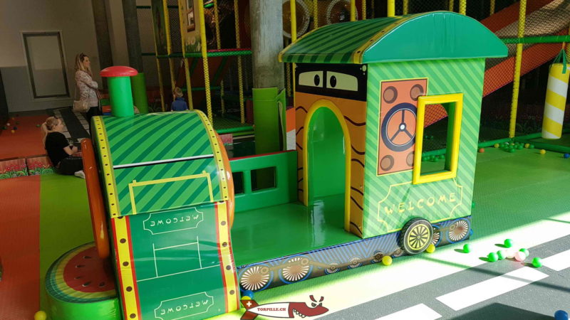 A foam locomotive for the little ones at Kids Fun Park Etoy