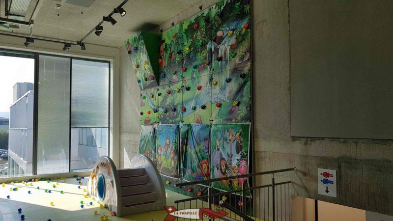 The climbing wall at Kids Fun Park Etoy