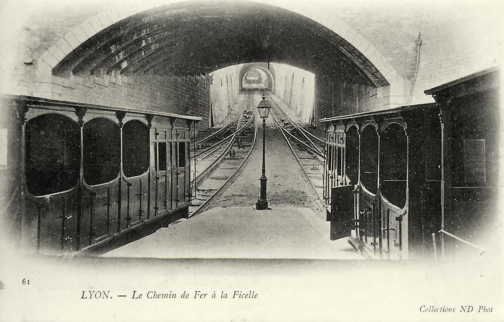 L'ancien funiculaire de Lyon à la rue Terme.