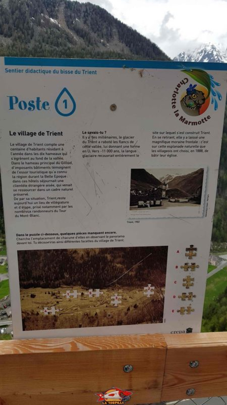 Educational panels on the theme of water accompany the visitor along the route.