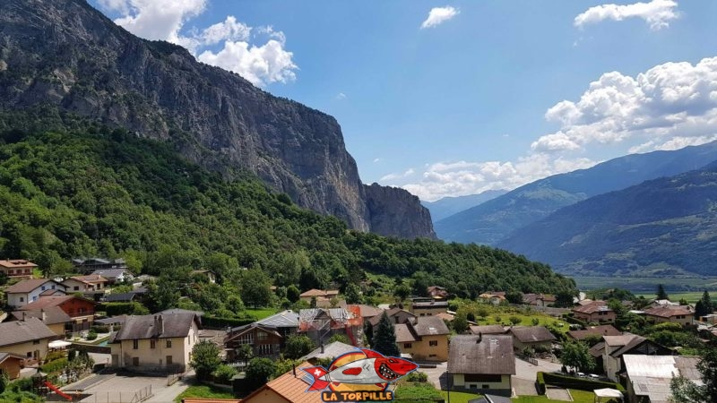 La vue sur le village de Grugnay.