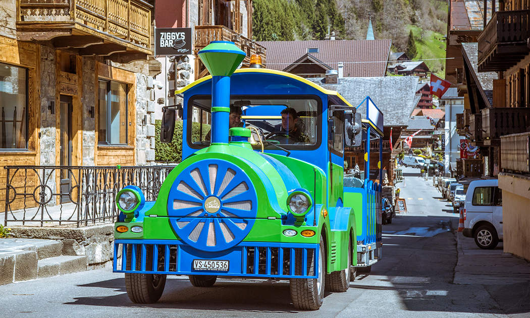 The little train of Champéry.