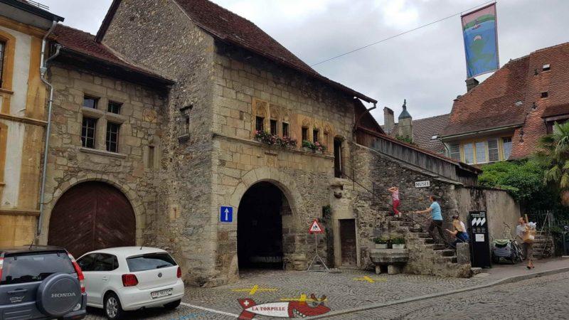 Le parking du musée