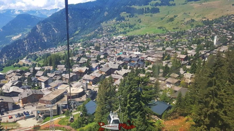 The view of the village of Verbier from the cable car.