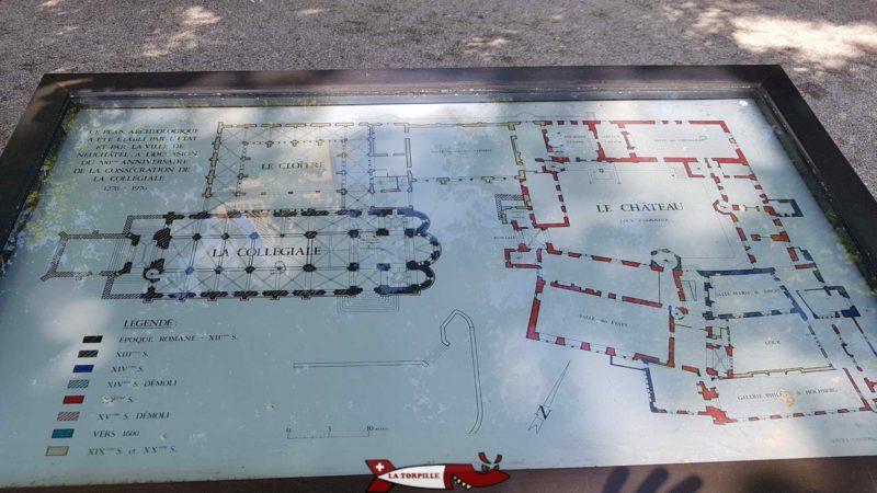 Un plan où l'on voit le château sur la droite et le cloitre avec la Collégiale sur la gauche.