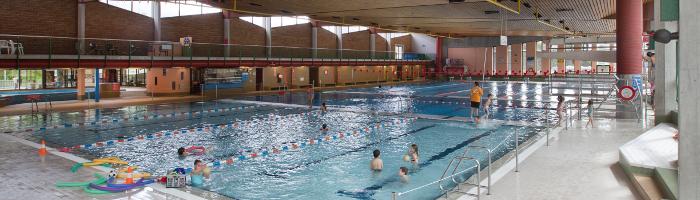La piscine intérieure de l'Ancien Stand à Sion. Une idée d'activité par mauvais temps ou en hiver.
