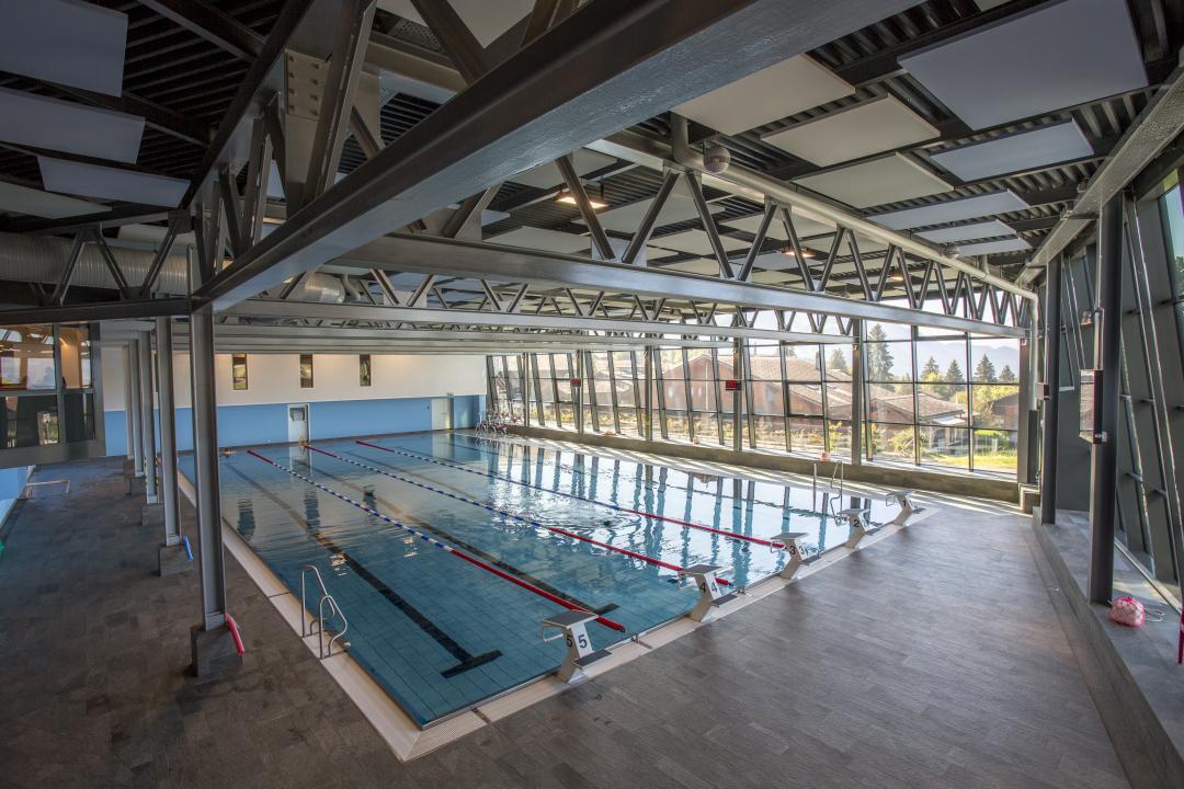 Villars-sur-Ollon: Piscine couverte du centre sportif