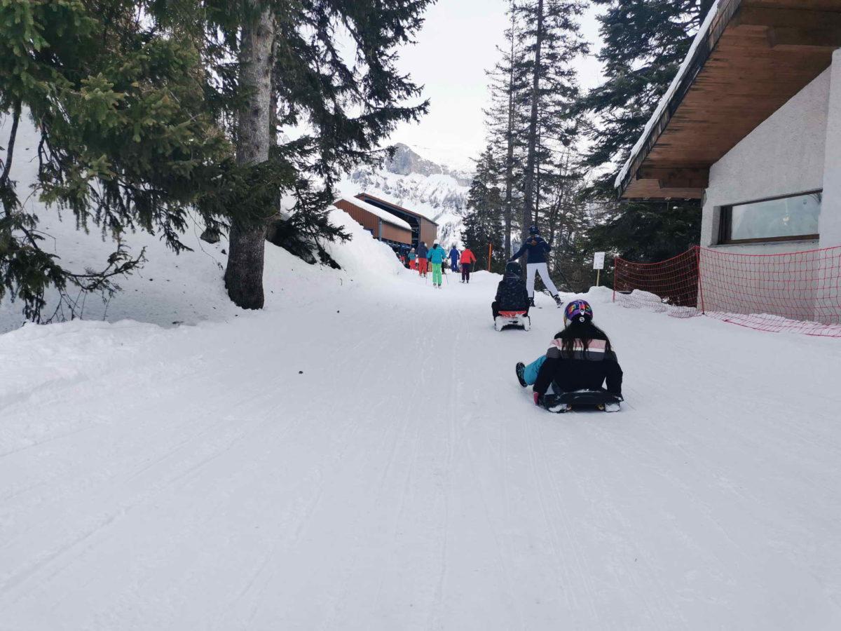 La piste de luge d'hiver d'Anzère en empruntant le télésiège des Rousses.