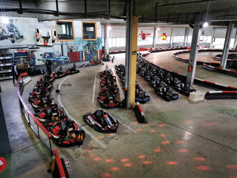 Les karts prêts à être utilisés. karting de vuiteboeuf.