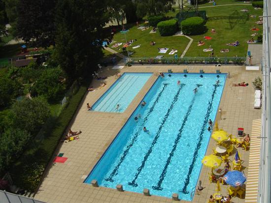 piscine plein air cointrin geneve