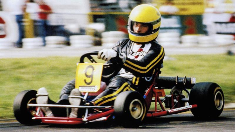 De nombreux grand champions de la Formule 1 ont fait leur début dans le sport automobile avec le karting comme Ayrton Senna, ici en 1981.