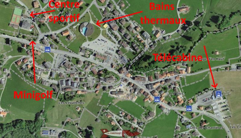 Le parcours de minigolf de 18 trous se trouve au sein du complexe de sport et de loisirs de Charmey,