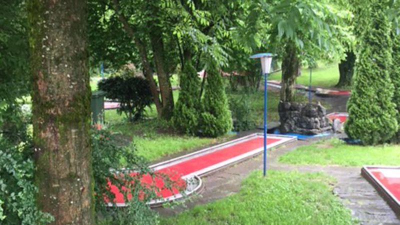 Le minigolf de Fribourg.