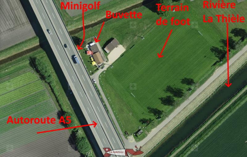 Une vue d'avion du minigoldf des Vuagères.