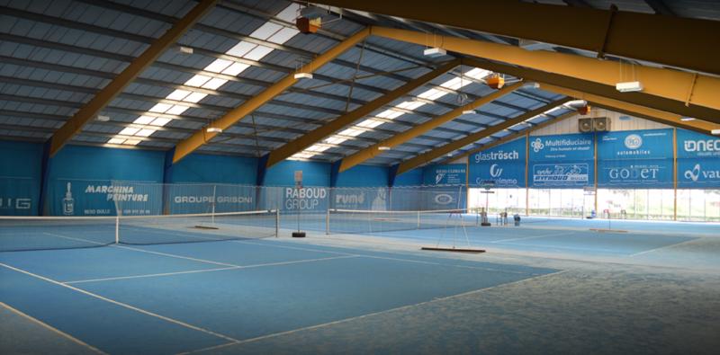 Le tennis intérieur.
