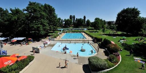 La piscine extérieur du Lignon