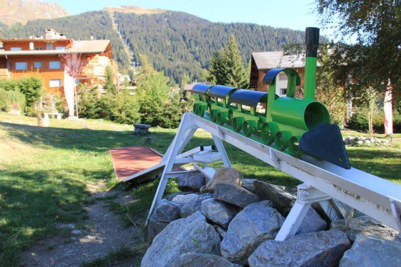 Le parcours de minigolf de 18 trous se trouve au sein du parc de loisirs de Verbier.