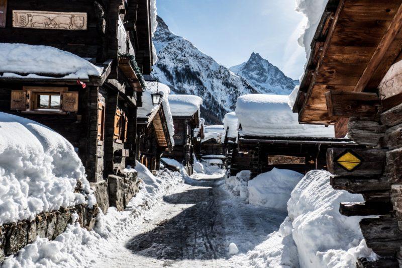 Le village de Zinal en hiver.