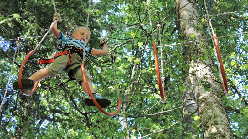 L'accrobranche Forest Jump qui fait partie du Bison Ranch