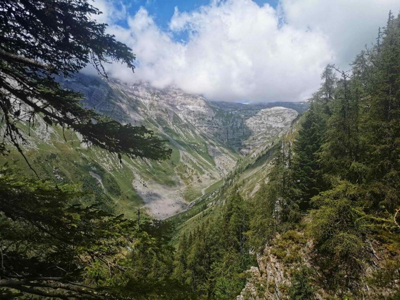 La vue sur la vallée de la Sionne.