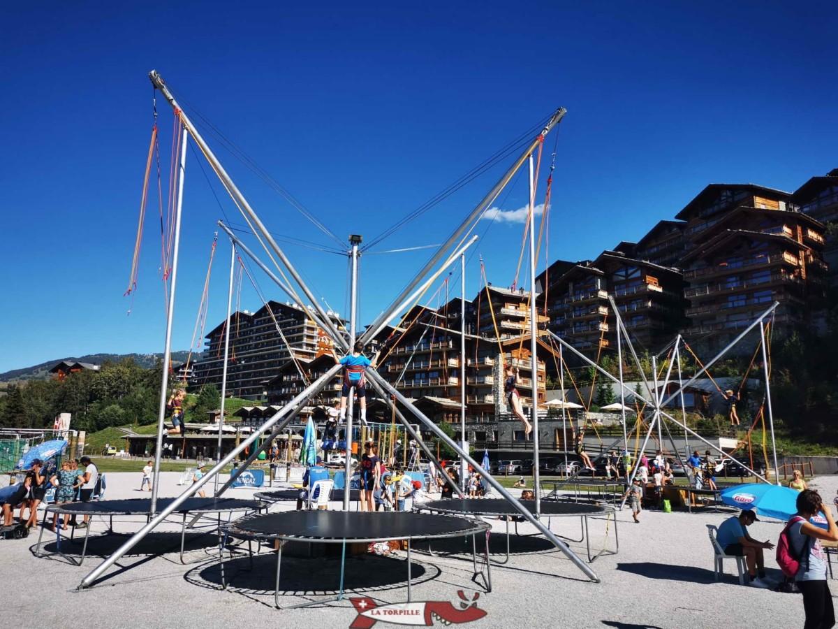 Les trampolines du village de Cheesy à Nendaz.