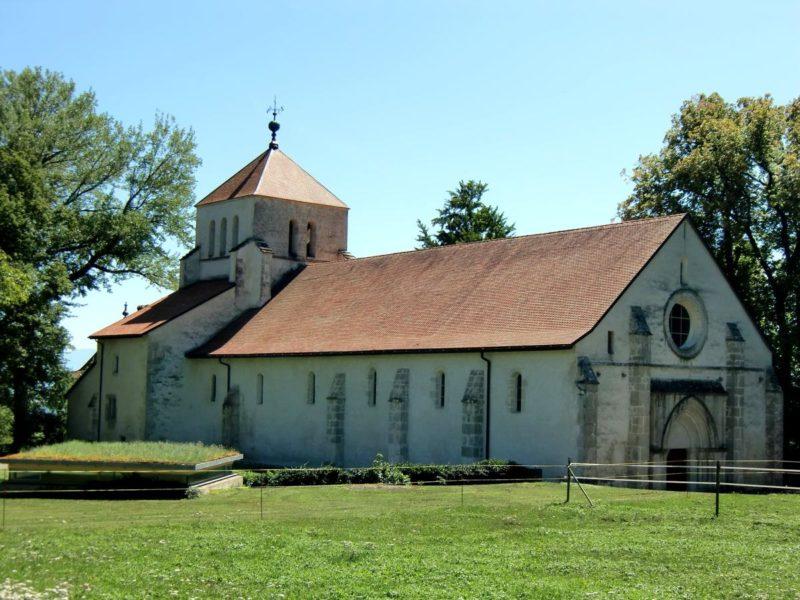 La belle église de l'abbaye de Bonmont.