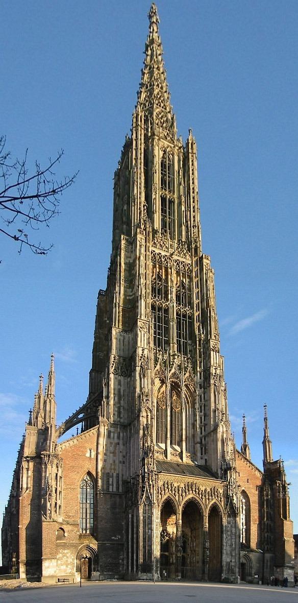 La cathédrale d'Ulm en Allemagne est la plus haute cathédrale protestante.