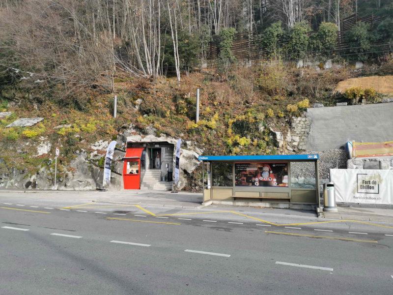 L'entrée du fort de Chillon juste en face du château de Chillon.